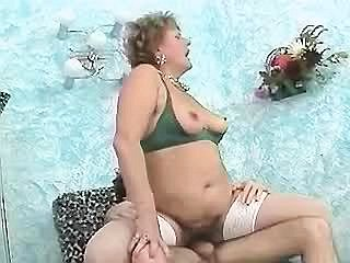 Sex with stunning plump princess