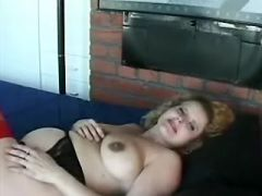 Alluring pregnant likes it hard