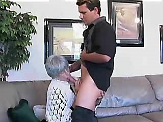 Horny mom seduces guy and gets fucked